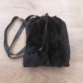 Πουγκί γούνινο βιζόν μαύρο