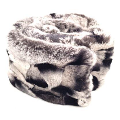 Κασκόλ με γούνα πλακέ μαύρο γκρι2